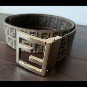 FENDI SIGNATURE BROWN PRINT BELT. MADE IN ITALY.